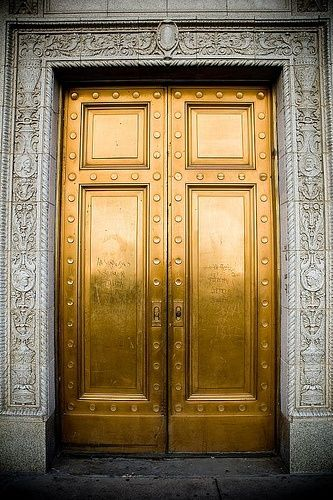 Living In Gold | Doors Decor Interior Architecture Structure Detail |