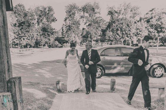 Paula Rod: fotografa de emociones / Fotografia de bodas / Casamiento en parroquia Santa Teresita / Buenos Aires, Argentina.