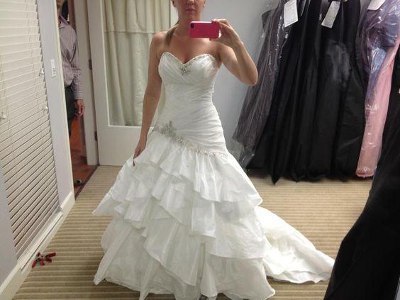 Maggie Sottero: Jenna. Wedding Dress, A line, sweetheart neckline