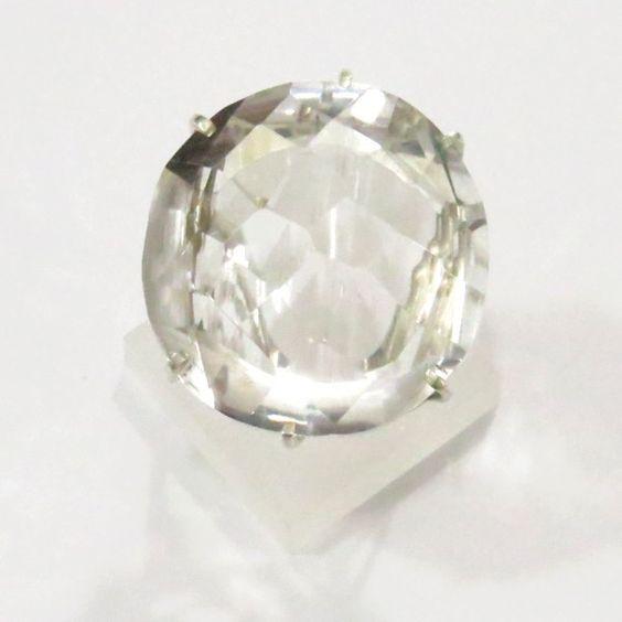 Anel - Cristal de Quartzo - Prata - Aro 26 - ID:3585 Anel  em Prata, trabalhado artesanalmente com Gema Natural de Cristal de Quartzo facetado. Disponível no site!