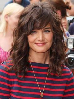 15 Curly Hairstyles With Bangs Long Hairstyles Bangs Curly Hairstyles Long Lange Haare Ideen Lockige Frisuren Haar Ideen
