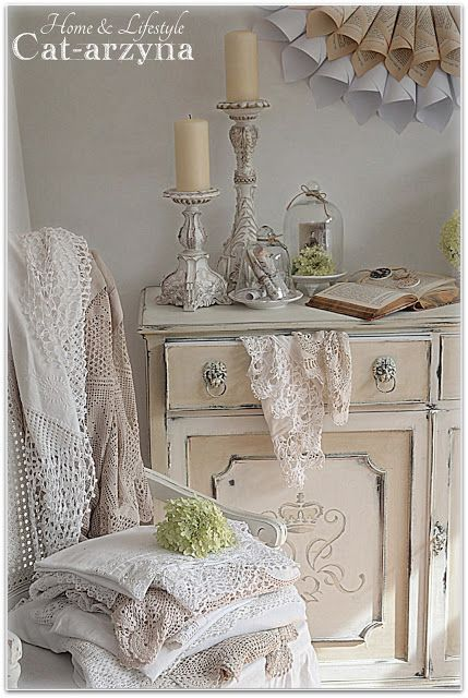 would like to paint a piece of furniture to look just like this, I ...