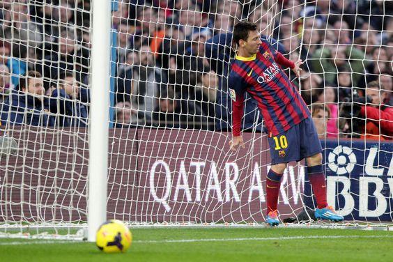Leo Messi dentro de la portería