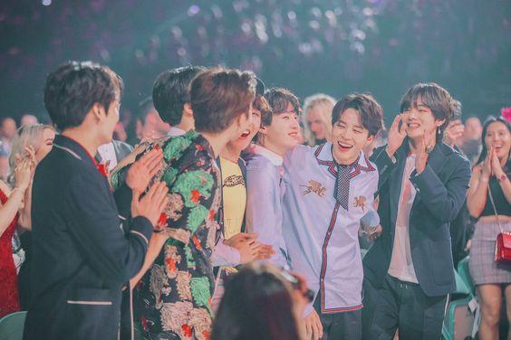 --- aesthetic || BTS #BBMAs (edits)         `` Team work makes the                 dream work ``    #PremiosMTVMiaw #MTVBRKPOPBTS #MTVLAKPOPBTS @BTS_twtpic.twitter.com/Rqo8lPM5wd