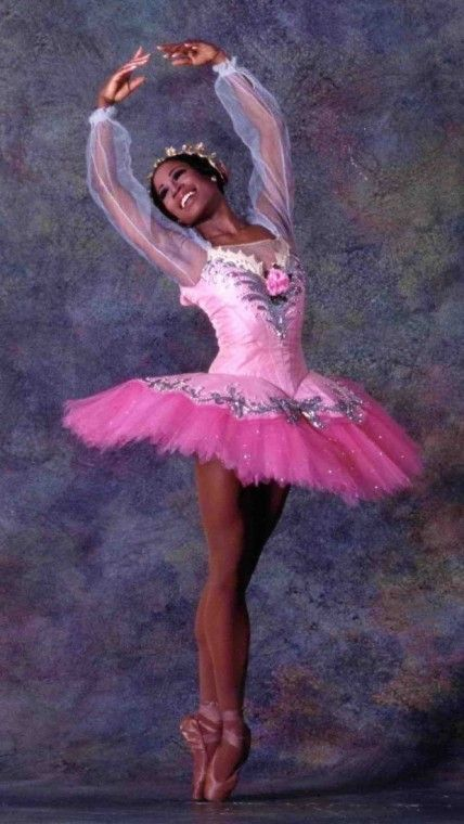 Lauren Anderson inspiring a new generation of dancers.  First African American ballerina to be a principal dancer in a major dance company (Houston Ballet).