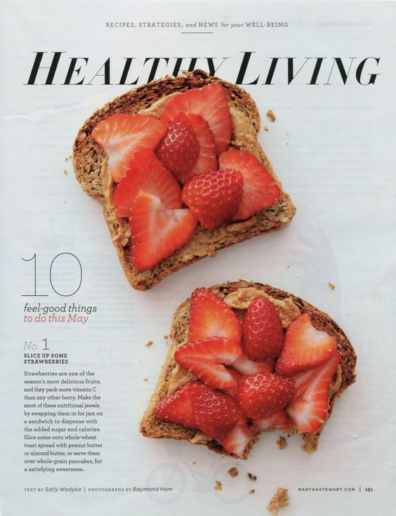 peanut butter and strawberry toast