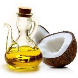 Quale olio utilizzare per realizzare una perfetta lozione per il viso fai da te? Meglio l'olio d'oliva o quello di cocco? Scoprilo in questo articolo!