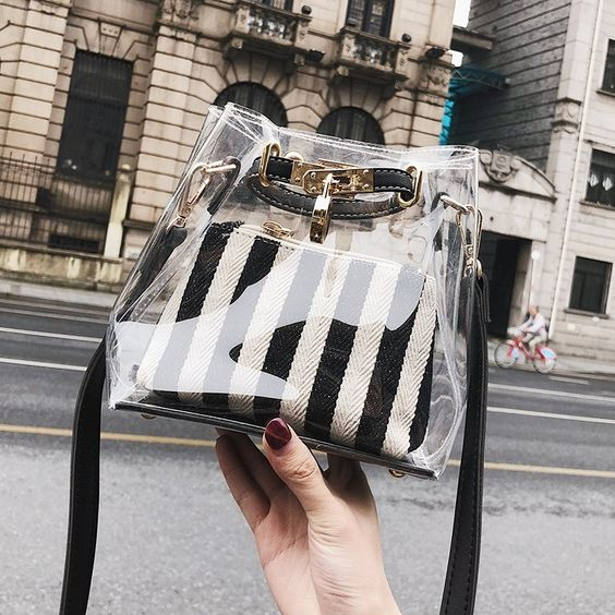Black and White Stripe Clear Bag Summer Shoulder Bags. #blackandwhite#stripe#clearpurse#sidebag#women'sfashion#fashionweek#trending#summerbag#seethroughbag#