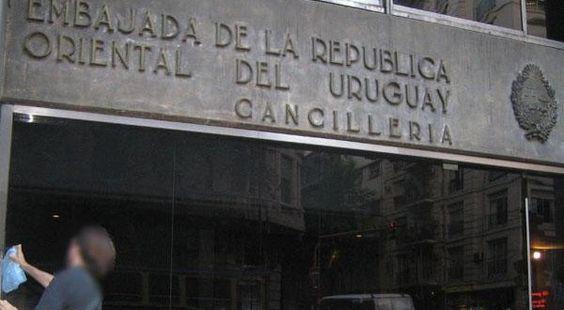 Uruguay vende su embajada en Buenos Aires