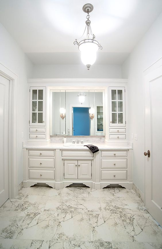 elegant white bathroom i like this and just maybe i might