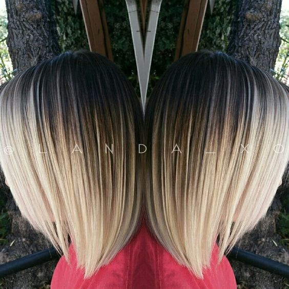 A Contrasty Dark Root To Platinum Blonde Ombre With Balayage Highlights Landaxo Short Ombre Hair Blonde Ombre Short Hair Hair