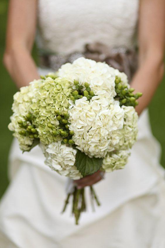 Aspen Wedding from Cara Leonard Photography + The Celebration Studio  Read more - http://www.stylemepretty.com/2012/09/11/aspen-wedding-from-cara-leonard-photography-the-celebration-studio/
