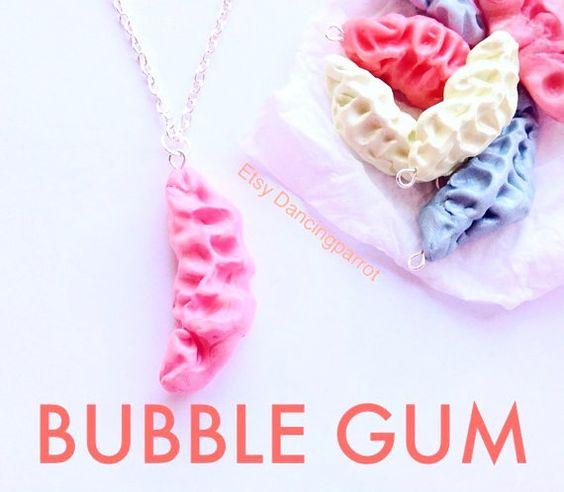 Rose Bubble-Gum collier, bâillon cadeau, cadeau stupide, éléphant blanc cadeau, cadeau de bâillon pour femme, cadeau drôle, bubble-gum collier, bijoux alimentaire, faux aliments