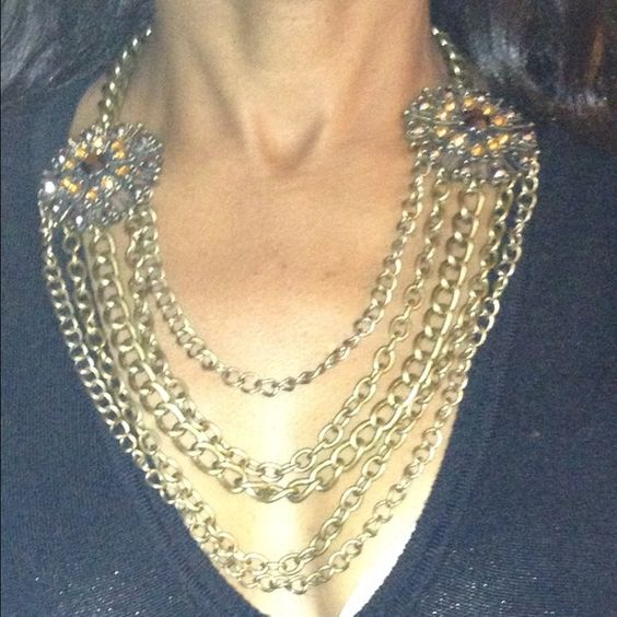 Gold chain necklace NO TRADES Jewelry Necklaces