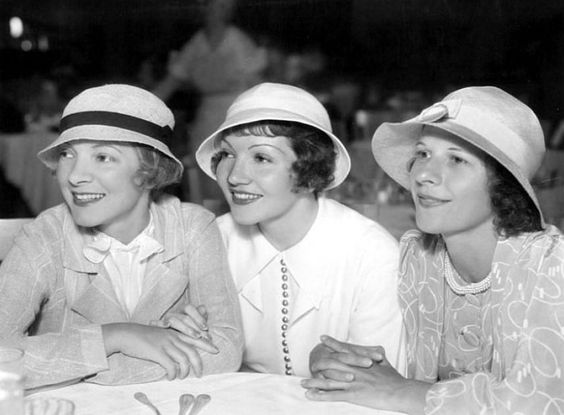 Helen Hayes, Claudette Colbert and Ruth Gordon at the Paramount Studios Commissary, c.1932.Gordon didn't make her first film until 1940 as she was busy on Broadway; all three ladies were or were to become Oscar winners.: