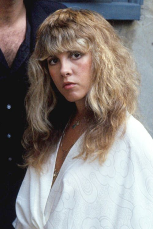 Pin By Mike Ritz On Stevie Hairstyles With Bangs Curly Bangs Hairstyle