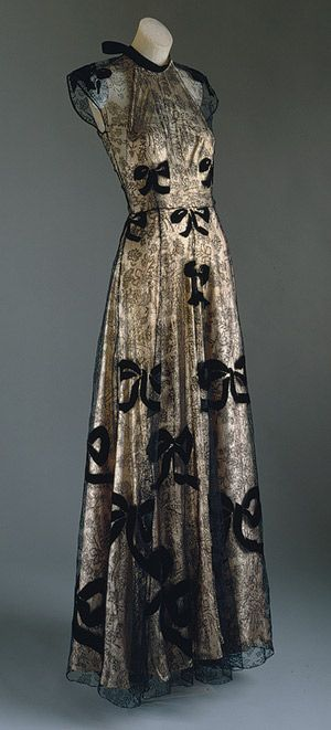 Vionnet, 1939 evening gown.