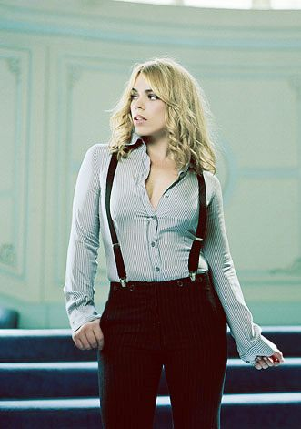 If you look close, Billie Piper's pants have small buttons for braces, but she is wearing suspenders