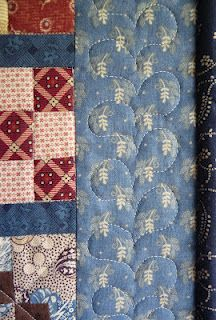 border quilting feathers