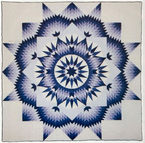 Mariner Star designed by Judy Martin. Pattern is in the book Shining Star Quilts. Made by Thuy Nguyen (Iowa)