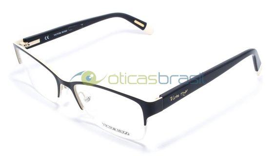 Fundada por um estilista uruguaio, a grife brasileira Victor Hugo conseguiu seu espaço entre os maiores nomes do mundo da moda. Seus óculos, que se destacam por sua qualidade e estilo, tem conquistado cada vez mais fãs. Compre já sua armação Victor Hugo VH 1233!  http://www.oticasbrasil.com.br/victor-hugo-vh-1233-0sa1-oculos-de-grau