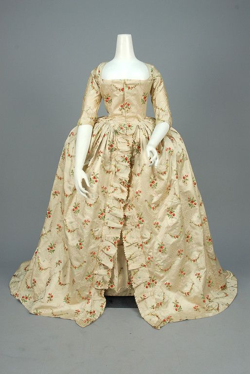 1760-1775, probably Europe - Silk robe à l'Anglaise