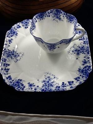 "Shelley hostess/snack set ""Dainty Blue"" Fine Bone China Made in England Sweet!"