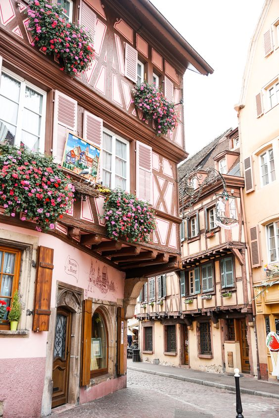 Four Towns In France That Are Right Out Of A Storybook | Alyson Haley #lovetravel #travelelingabroad #tipsfortraveling