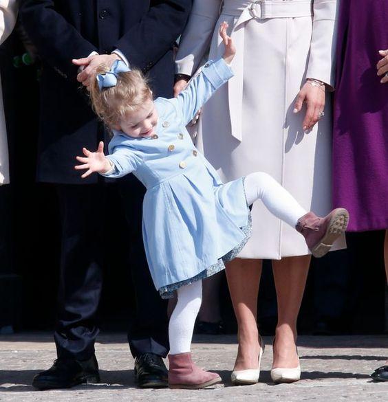 Oeps..  Prinses Estelle van Zweden
