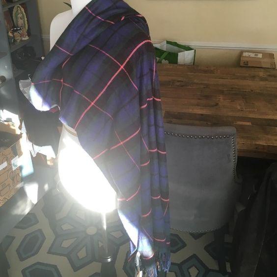 NWT Gap Cozy scarf/shawl Super soft 100% acrylic plaid scarf or shawl (whichever you decide). GAP Accessories Scarves & Wraps