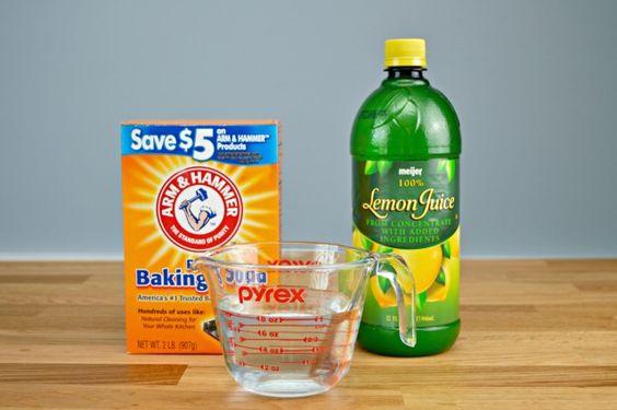 odor-neutralizer-spray-ingredients 1 2/4 c distilled water, 1 tsp baking soda, 1 tbsp lemon juice in a spray bottle: