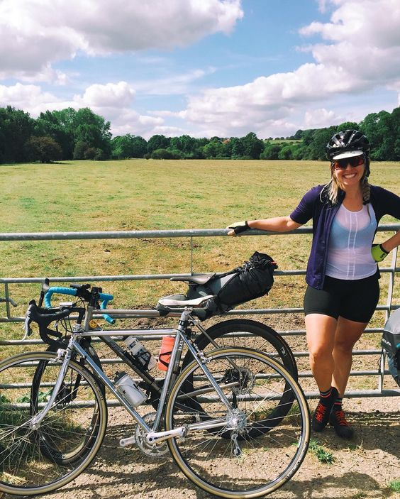 Today take the long way home. Throwback to last week's adventure through Kent's rolling hills with @laura_scott who reminds us that no matter where you start you've got all the strength within yourself to get where you want to go. || #bikebabes #thebikecrew