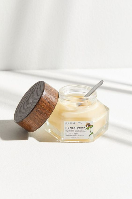 Farmacy Honey Drop Lightweight Moisturizer | Urban Outfitters