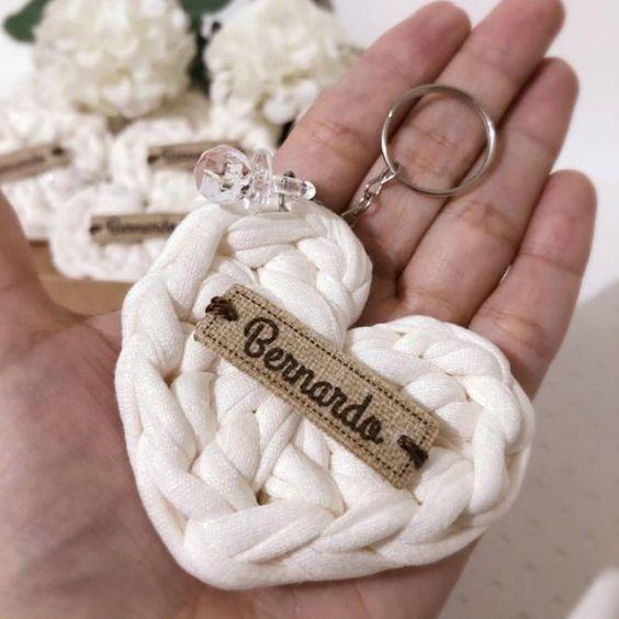 Chaveiro de Crochê: 38 Modelos com Passo a Passo | Revista Artesanato