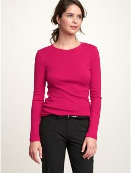 My favorite T-Shirt. So comfy. Just throw on a cute scarf, your favorite, jeans, & boots to make it perfect.