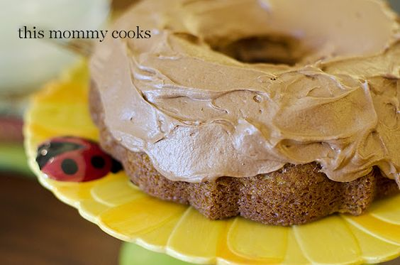This Mommy Cooks: Pistachio Cake {Sweet Treat Tuesday}