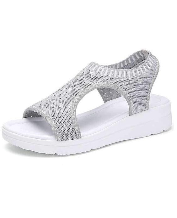 21 Casual Sandals To Update You Wardrobe shoes womenshoes footwear shoestrends