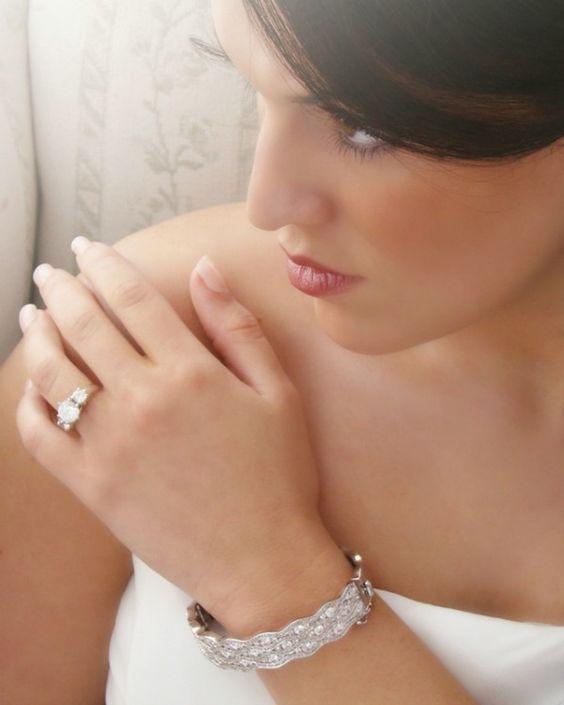 Vintage Inspired Bridal Bangle Bracelet