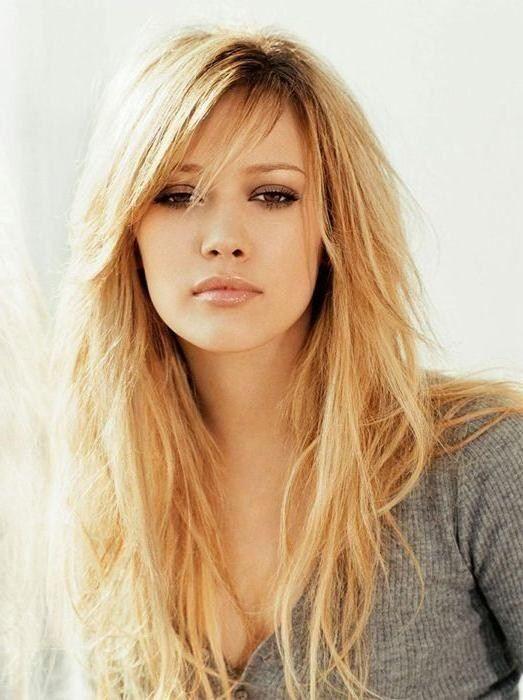 Beliebte Lange Frisuren Geschichtet Mit Fransen Trendfrisuren Damen Haare Haarschnitt Lange Haare Frisur Pony Lang Frisur Lange Haare Pony