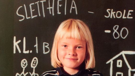 Mette-Marit began Slettheia school in Kristiansand in 1980.