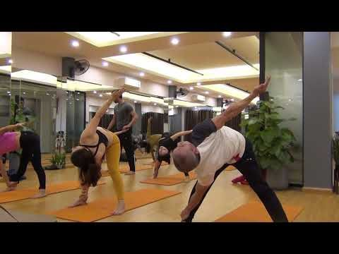 Complete Mix Yoga Class Whole Body Workout Dynamic Flow Praveenyoga Youtube Whole Body Workouts Fitness Body Dynamic Yoga