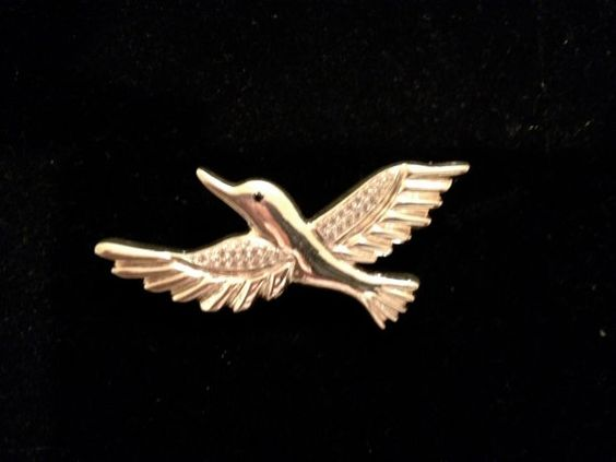 Humming bird sterling silver pin by Bellinats on Etsy