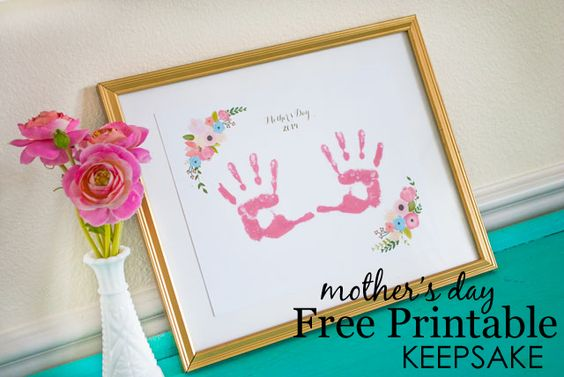Mother's Day Free Printable Handprint Art - #mothersday #free #printable