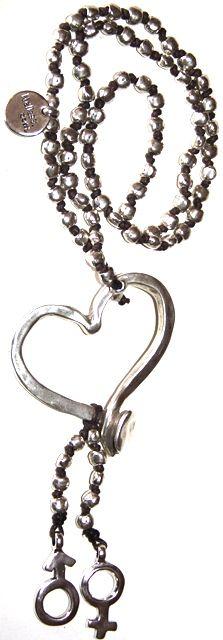 enamorados, 90cm incluido colgante. Realizada con hilo de algodón y zamak baño de plata. http://nellass.com/categories/COLLARES/