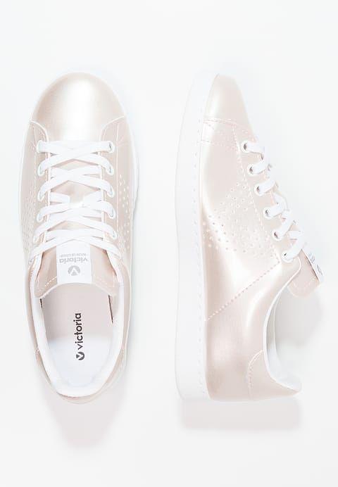 Chaussures Victoria Shoes Baskets basses - rosa or rose: 62,00 € chez Zalando (au 07/06/17). Livraison et retours gratuits et service client gratuit au 0800 915 207.