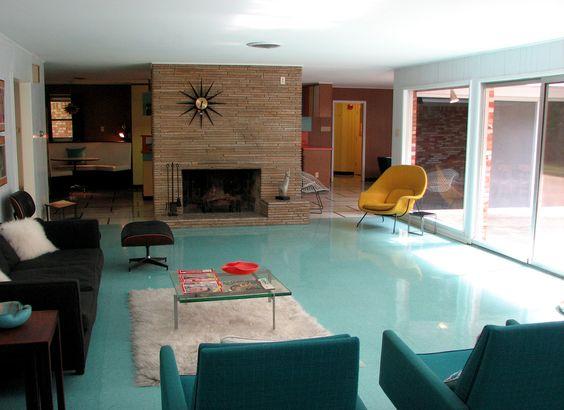 That flooring is beautiful!
