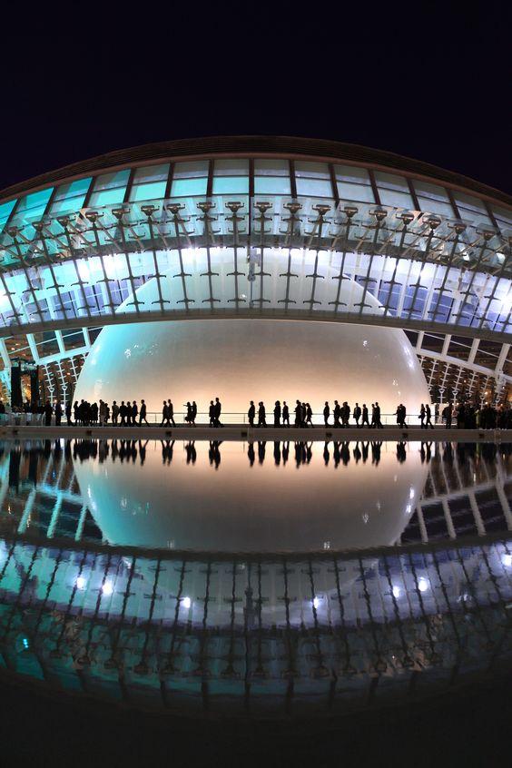 Santiago Calatrava || Hemisferic, Ciudad de las Artes y las Ciencias (Valencia, España)