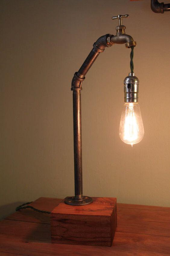 Lámpara de escritorio industrial por MonroeTrades en Etsy