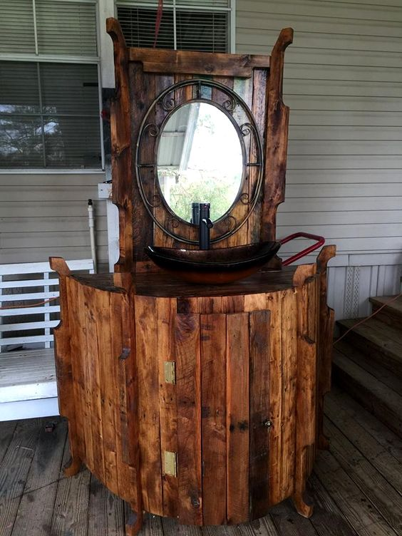 Artful Antique Pallet Bathroom Vanity - 50+ DIY Pallet Ideas That Can Improve Your Home | Pallet Furniture