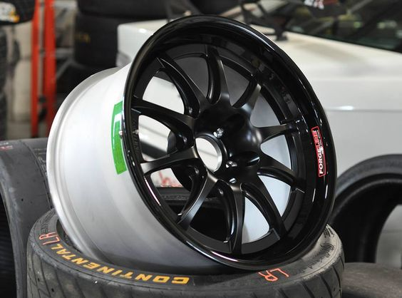 The race-ready Forgeline GZ3R ready for rubber from our friends at The Little Speed Shop. Learn more about the GZ3R (including sizes and pricing) at: http://www.forgeline.com/products/competition-series/gz3r.html  #Forgeline #GZ3R #notjustanotherprettywheel #madeinUSA